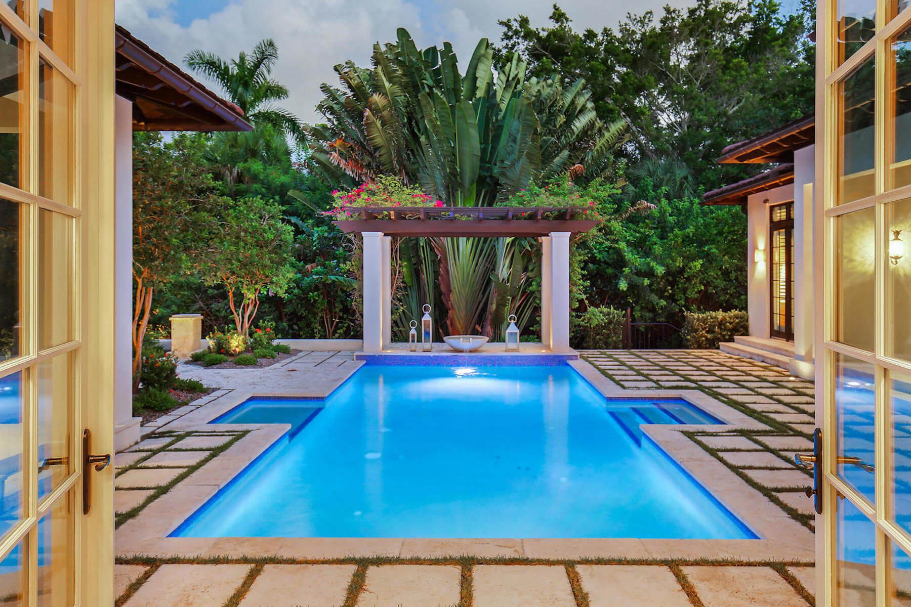 Pools & Porches